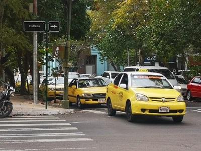 Taxistas se resisten a hablar antes de gran manifestación