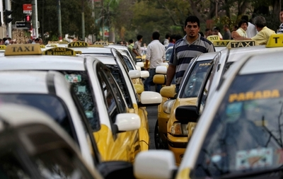Taxistas amenazan con sitiar Asunción mañana