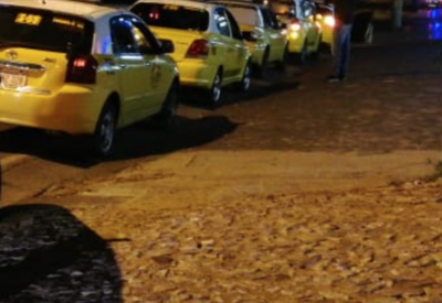 HOY / Taxista denuncia que balearon su móvil en Ñemby
