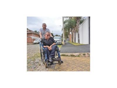 """""""La ciudad es   discapacitante y violenta"""""""