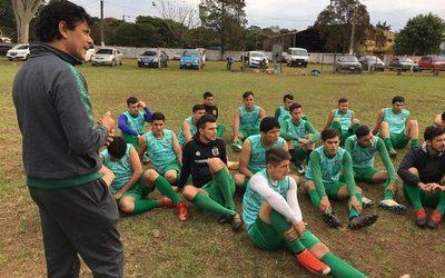 Paranaense divulga lista de cara al Interligas