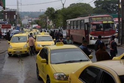 Taxistas anuncian nuevo enjambre amarillo para este miércoles