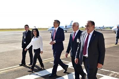 Apuntan a que el aeropuerto Guaraní conecte a la región con el mundo