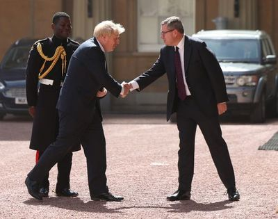 Boris Johnson se convierte en el primer ministro de Misión Brexit