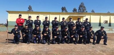 Agentes penitenciarios realizan curso de actualización en manejo de conflictos