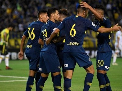 Junior Alonso, sale de titular en Boca ante Paranaense