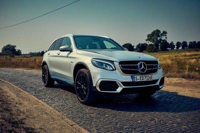 Daimler pierde 1.242 millones de euros en el segundo trimestre