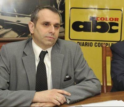 Diputada pide renuncia de Kriskovich y advierte con juicio político