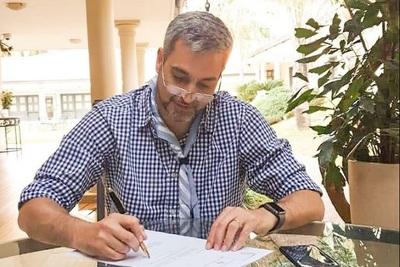 Abdo Benítez confirma a nuevo titular de la Ande