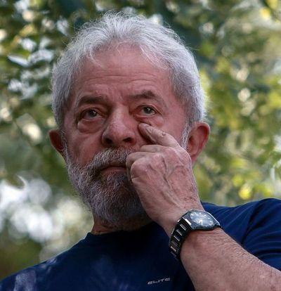 Justicia retira parte de acusación contra Lula