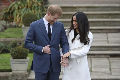 El príncipe Enrique y Meghan Markle esperan su primer bebé