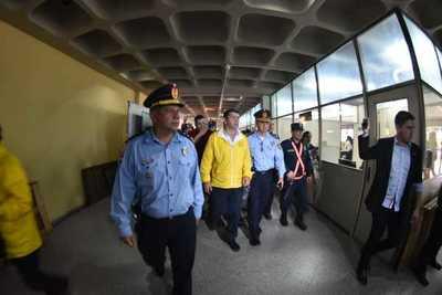 Decretan arresto domiciliario para taxistas