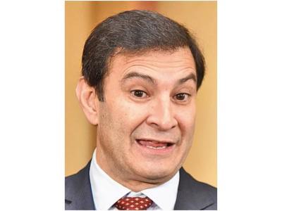 Ovelar desacredita el   sondeo promocionado a favor de Varela