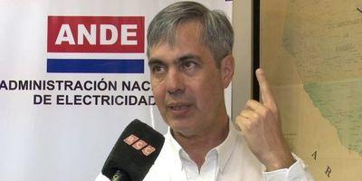 Ferreira deja la ANDE por no firmar acuerdo que perjudicaría a Paraguay