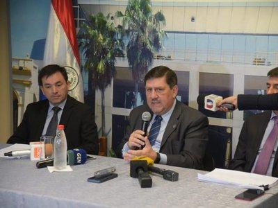 Blas Llano critica el hermetismo por acuerdo de Itaipú firmado por Paraguay
