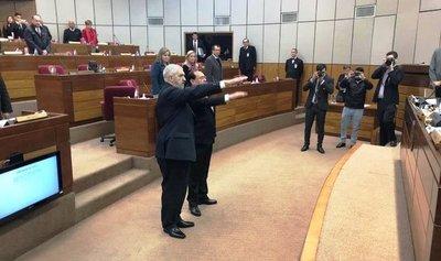 Juraron senadores suplentes en reemplazo de legisladores suspendidos