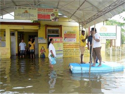 Lluvias e inundaciones matan a más de 500 personas en el sur de Asia