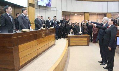 Miguel Fulgencio Rodríguez y Ramón Retamozo juran como Senadores