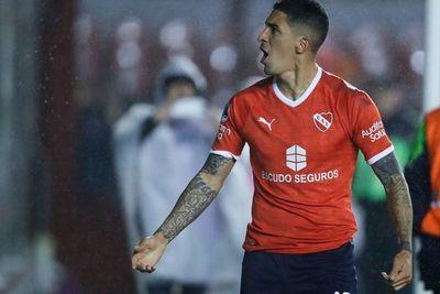 El Rojo toma ventaja en el duelo de paraguayos