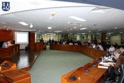 Junta Municipal analizará si plataformas MUV y UBER deberán pagar canon