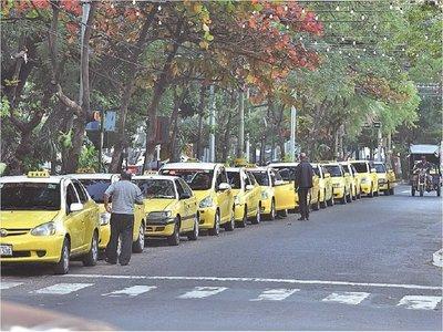 Rechazarán, por incompleto, informe  sobre taxis enviado por Intendencia
