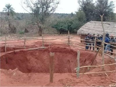 Hombre murió al quedar sepultado buscando plata ybyguy