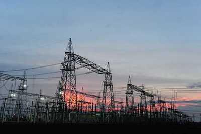 Acta no restringe consumo de energía a la ANDE, afirma exdirector