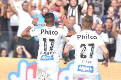 Derlis marca y el Santos es líder
