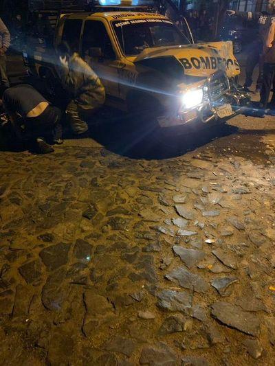 Bomberos de Ypacaraí sufren accidente