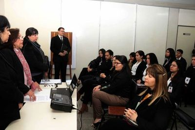 Estudiantes de psicología forense inician pasantía