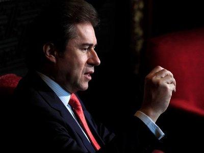 Grupo de senadores insta a Luis Castiglioni a no retomar su banca