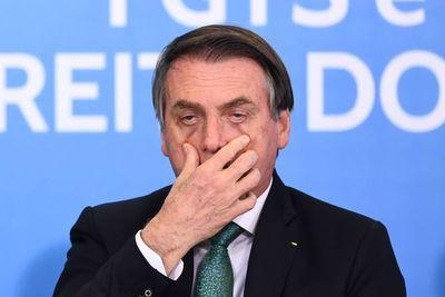 """Bolsonaro a un abogado: """"Le cuento cómo su papá desapareció"""" en la dictadura"""