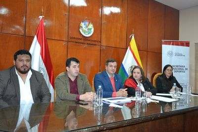 Ministra promete fomentar el deporte