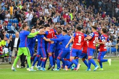 Con Alderete como figura, Basel sorprende en Champions
