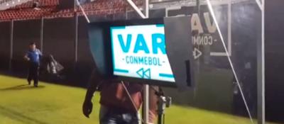 Histórico estreno del VAR en Paraguay