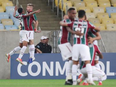 Fluminense pisa fuerte en casa y sella su clasificación a cuartos