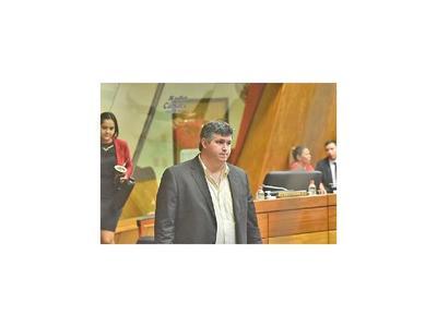 Tras decisión de la Corte, piden imputación de diputado