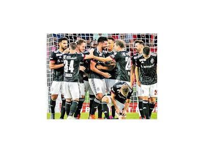 Basilea con Alderete avanza en Champions