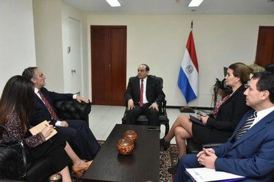 Canciller se reunió con el embajador