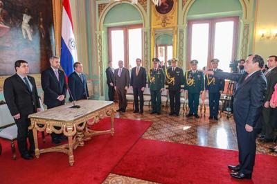 Antonio Rivas Palacios juró como nuevo ministro de Relaciones Exteriores