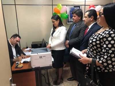 Jueza denunció a escrachadores y acusó a Prieto de incitarlos