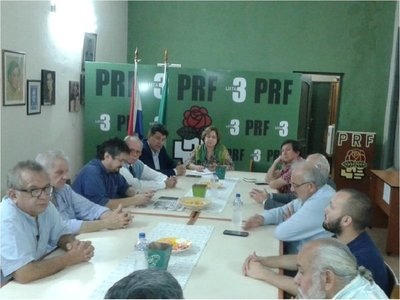 Oposición impulsará juicio político contra Abdo y Velázquez
