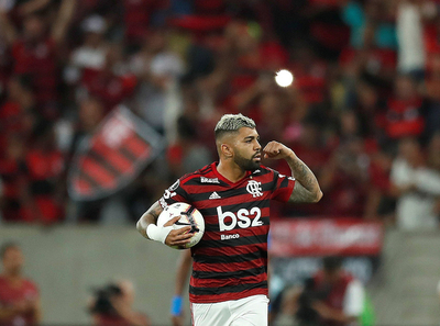 Flamengo deja fuera a Emelec en los penales