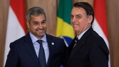 HOY / Ante inminente juicio político al Ejecutivo, Bolsonaro deja sin efecto acuerdo bilateral