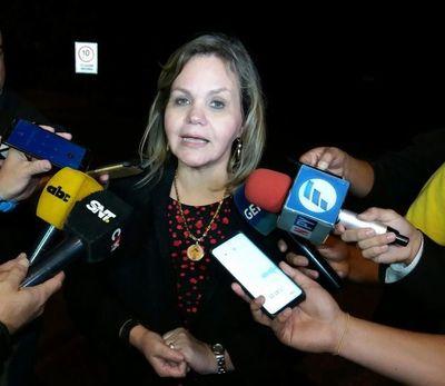"""Juicio político: """"No hay votos en el Senado"""", dice Lilian"""