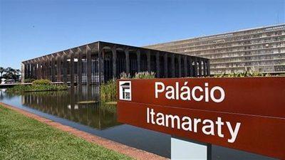 Itamaraty advierte contra 'romper el orden democrático' en Paraguay