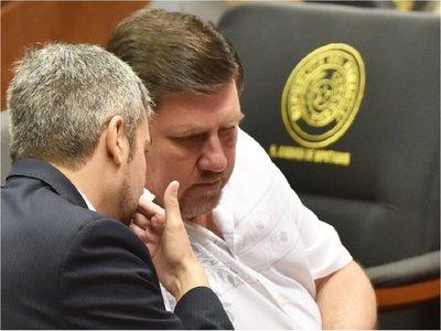 """Blas Llano asegura que no movió """"un dedo"""" para impulsar juicio político"""