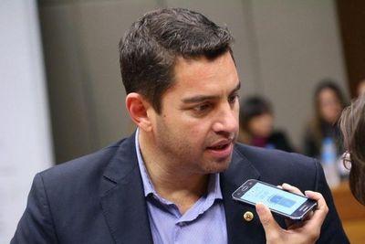 HONOR COLORADO RETIRA SU APOYO AL JUICIO POLÍTICO CONTRA MARIO ABDO