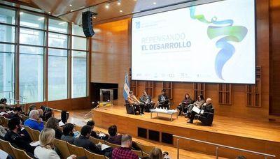 El Primer Simposio Latinoamericano de Bio-economía
