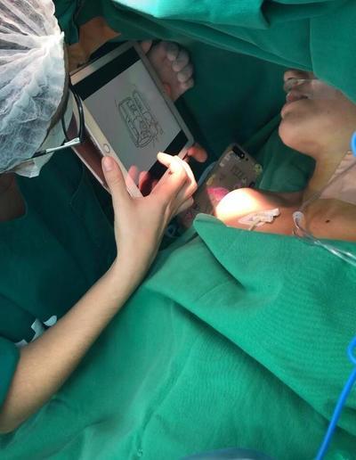 Clínicas: Neurocirujanos realizan exitosas intervenciones en pacientes despiertos con técnica adaptada al guaraní